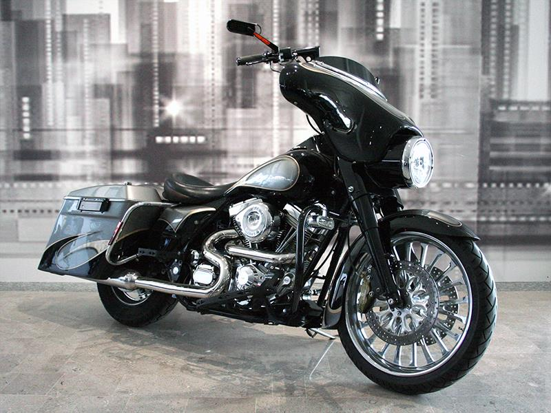 buying now various design undefeated x Annunci moto Harley Davidson Road King 1340 FLHS custom ...